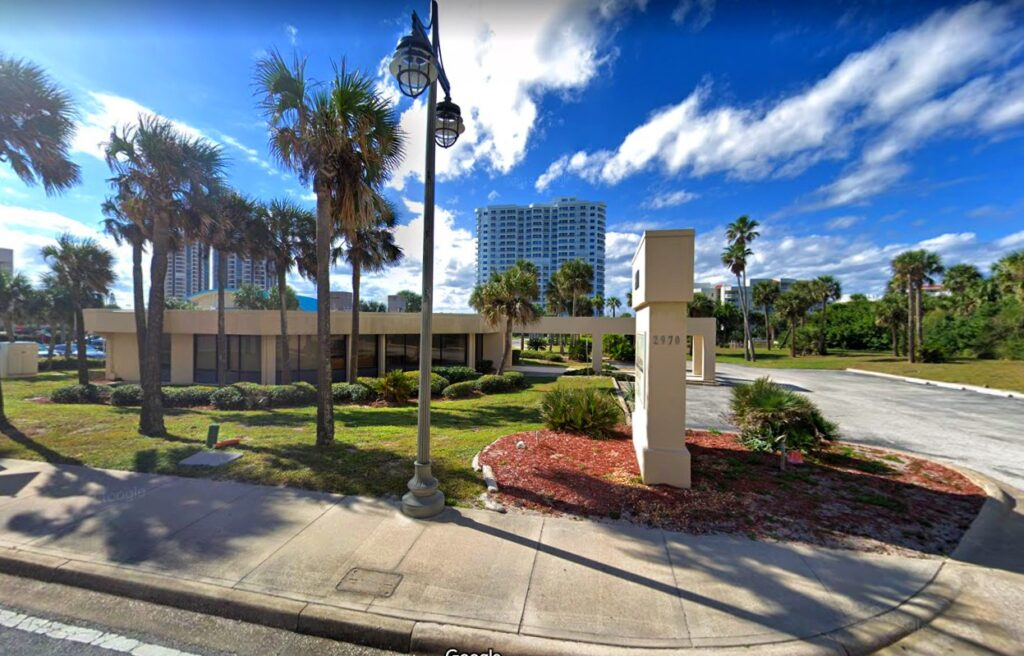 Carl Lentz of SVN Alliance represented both sides of the transaction on 2970 S Atlantic Ave in Daytona Beach Shores, FL. Chase Bank purchased the property to raze for a future location.
