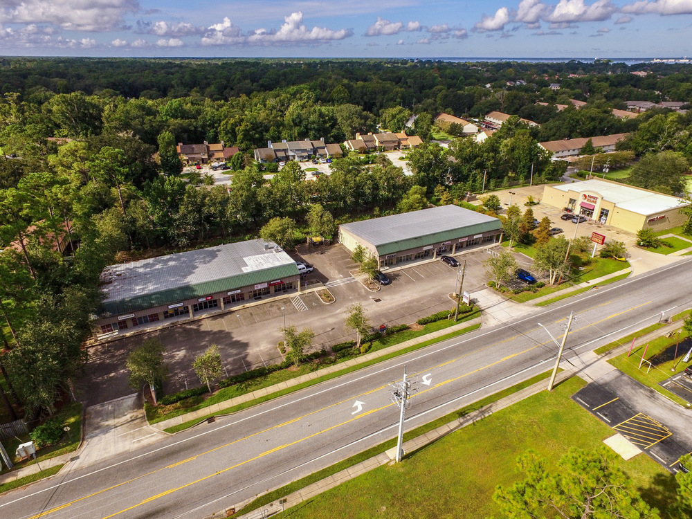 Jacksonville, Florida Investment Property at 8106-8116 Old Kings Road South